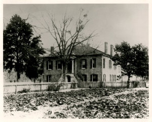 fig. 4.  Gorgas House in 1890s, unextended portico, Hoole Special Collections Library, University of Alabama.
